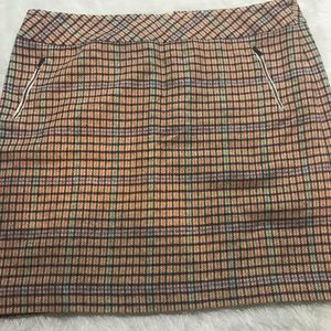 Talbots wool houndstooth skirt zipper detail